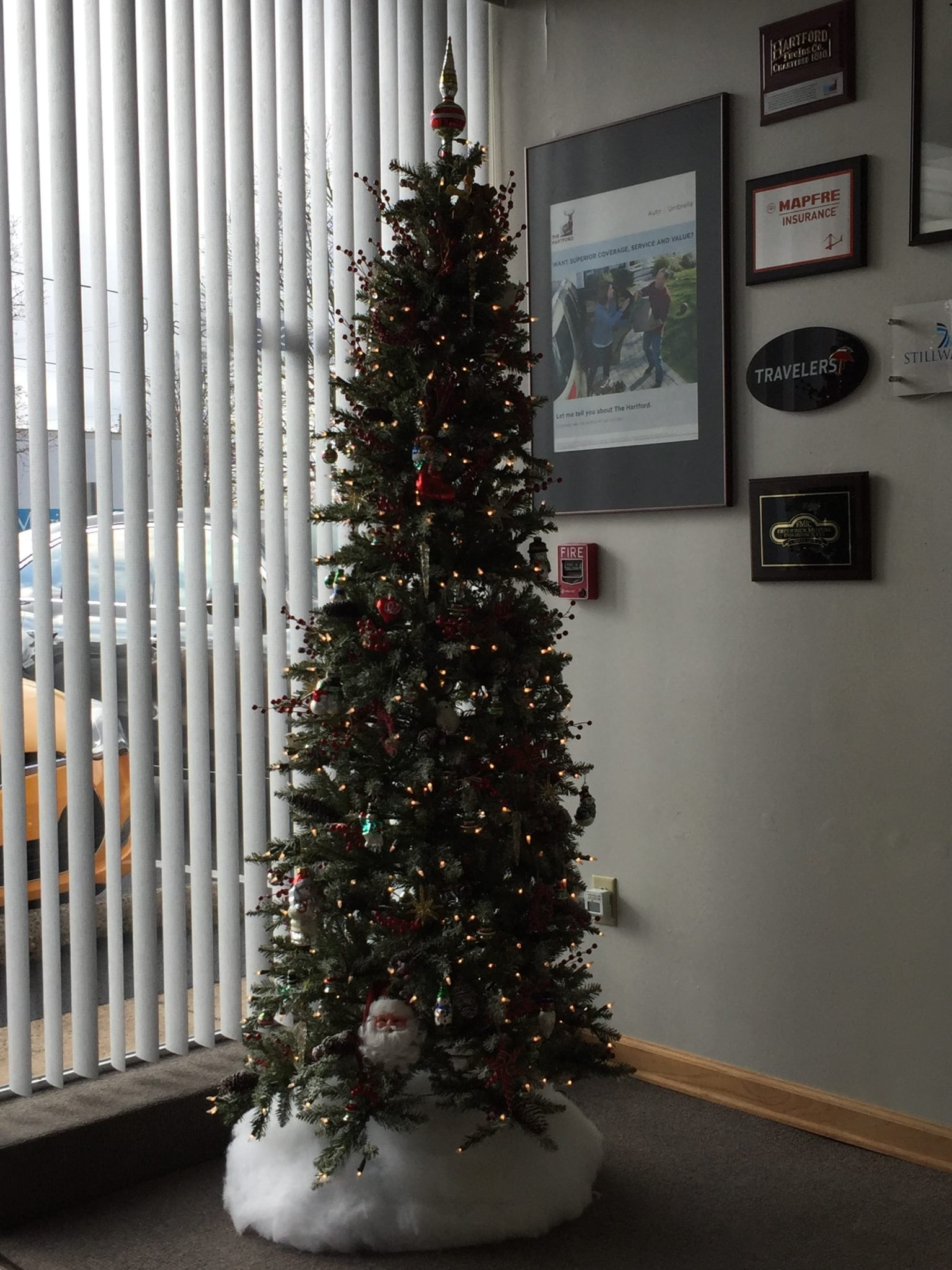 Christmas Tree 2016 - Our Christmas Tree is Up! Happy Holidays!